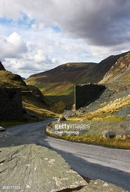 honister pass, cumbria, uk - claire plumridge stock pictures, royalty-free photos & images