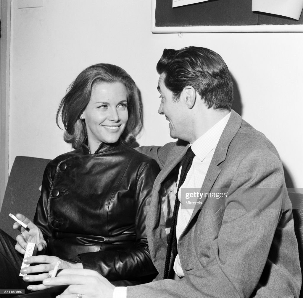 https://media.gettyimages.com/photos/honor-blackman-and-husband-maurice-kaufmann-at-television-house-she-picture-id871152560