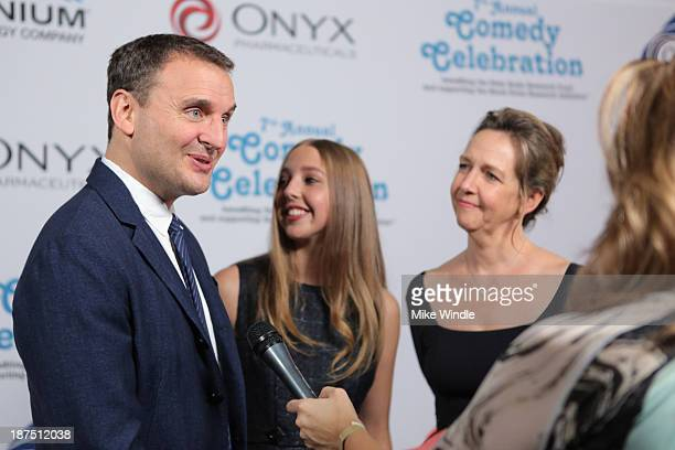IMF Honorary Committee member Phil Rosenthal Lily Rosenthal and IMF committee member Monica Rosenthal attend the International Myeloma Foundation's...