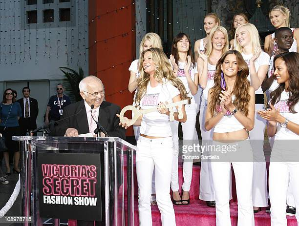 Honorary Mayor Johnny Grant with the Victoria's Secret Models Gisele Bundchen Izabel Goulart and Selita Ebanks receiving the 'Key to the City' of...