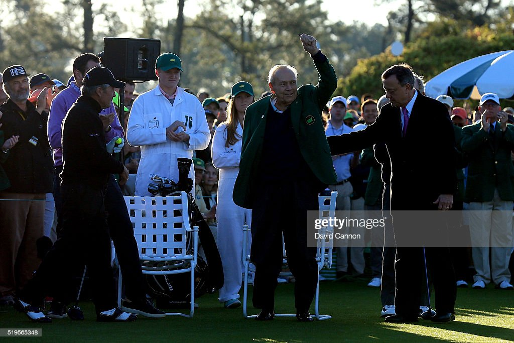 Honorary starter Arnold Palmer is introduced as Gary Player (R) looks on during the ceremonial tee off to start the first round of the 2016 Masters Tournament at Augusta National Golf Club on April 7, 2016 in Augusta, Georgia.