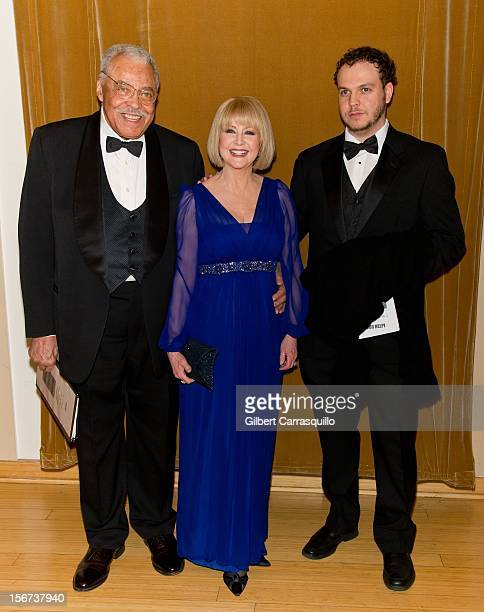 Honoree Actor James Earl Jones, wife Cecelia Hart and son Flynn Earl Jones attend the 2012 Marian Anderson awards gala at Kimmel Center for the...