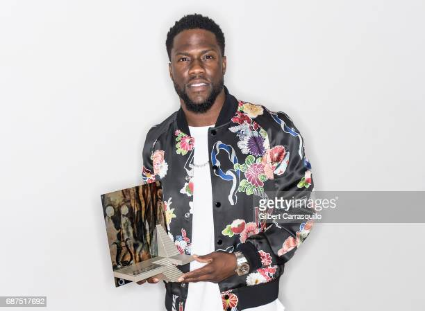 Honoree actor/comedian Kevin Hart receives the Anne d'Harnoncourt Award for Artistic Excellence during the 32nd Annual Arts Business Council Awards...