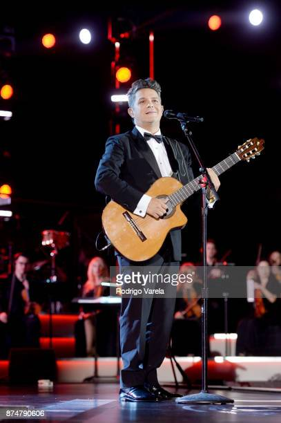 Honoree Alejandro Sanz performs onstage during the 2017 Person of the Year Gala honoring Alejandro Sanz at the Mandalay Bay Convention Center on...