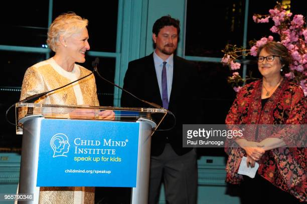 Honoree and Cofounder of Bring Change 2 Mind Glenn Close accepts from Calen Pick and Jessie Close during the Activist Award during the 2018 Change...
