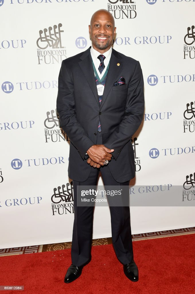 Honoree and NBA Hall of Famer Alonzo Mourning attends the 32nd Annual Great Sports Legends Dinner To Benefit The Miami Project/Buoniconti Fund To Cure Paralysis at New York Hilton Midtown on September 25, 2017 in New York City.