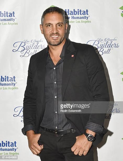 Honoree and philanthropist Mauricio Umansky attends the Habitat LA 2016 Los Angeles Builders Ball at Regent Beverly Wilshire Hotel on October 13 2016...