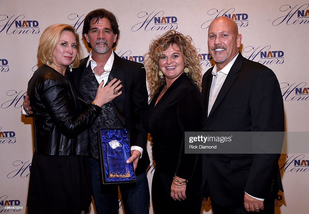 Honoree and Senior Vice President, APA Nashville Steve Lassiter (2nd from left) attends the NATD Honors Gala on November 9, 2015 in Nashville, Tennessee.