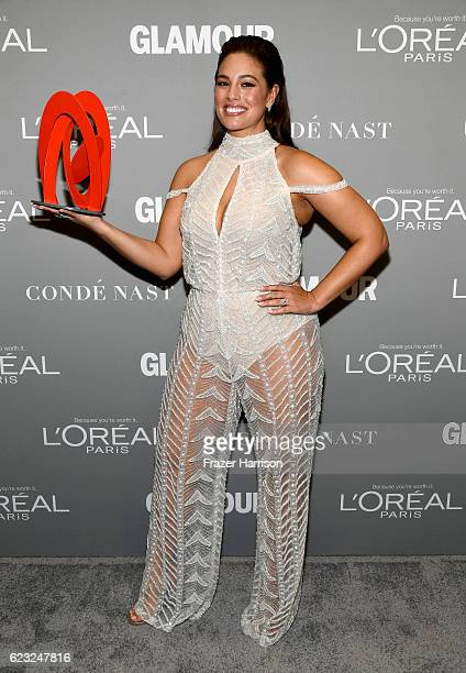 Honoree Ashley Graham poses with an award during Glamour Women Of The Year 2016 at NeueHouse Hollywood on November 14 2016 in Los Angeles California
