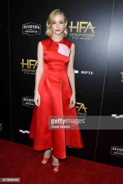 Honoree Carey Mulligan poses in the press room during the 21st Annual Hollywood Film Awards at The Beverly Hilton Hotel on November 5 2017 in Beverly...