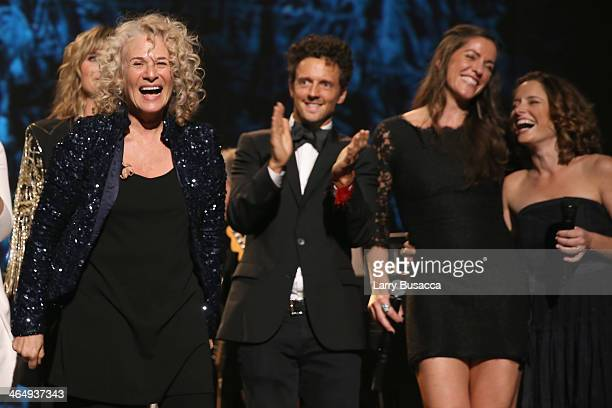 Honoree Carole King recording artists Jason Mraz Chaska Potter and Mai Bloomfield perform onstage at 2014 MusiCares Person Of The Year Honoring...