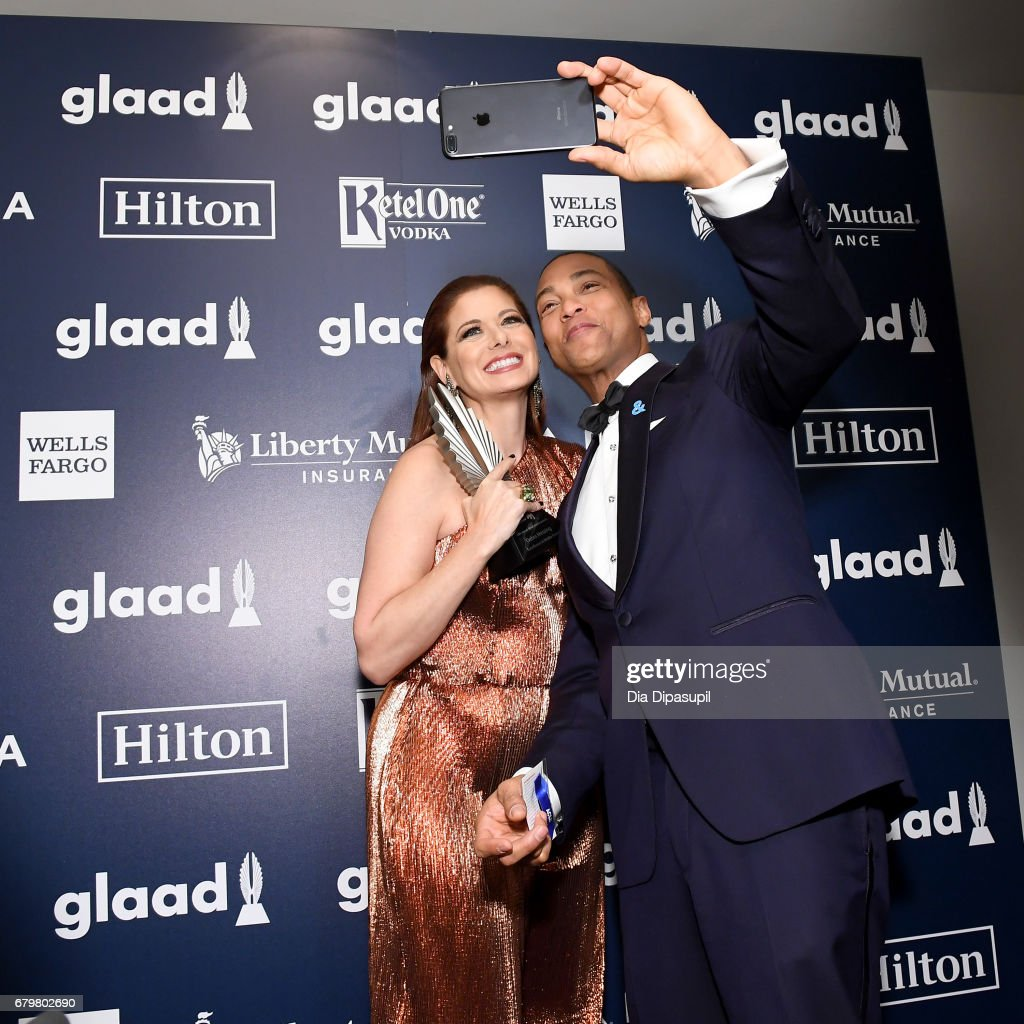 Honoree Debra Messing poses for a selfie backstage with CNN anchor Don Lemon at the 28th Annual GLAAD Media Awards at The Hilton Midtown on May 6, 2017 in New York City.