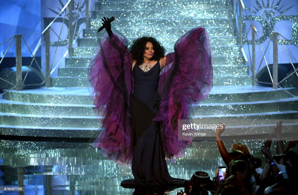Honoree Diana Ross performs onstage during the 2017 American Music Awards at Microsoft Theater on November 19, 2017 in Los Angeles, California.