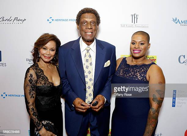 Honoree Elgin Baylor and guests attend the 16th Annual Harold Carole Pump Foundation Gala at The Beverly Hilton Hotel on August 12 2016 in Beverly...