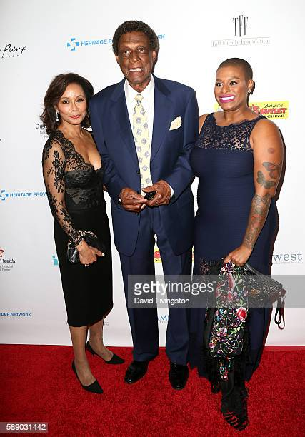 Honoree Elgin Baylor and guests attends 16th Annual Harold and Carole Pump Foundation Gala at The Beverly Hilton Hotel on August 12 2016 in Beverly...