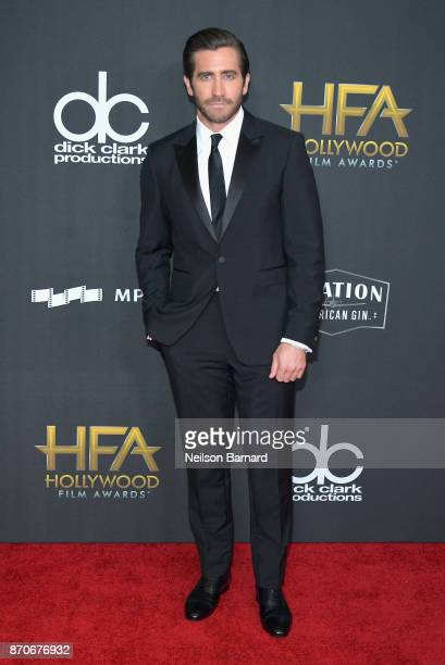 Honoree Jake Gyllenhaal attends the 21st Annual Hollywood Film Awards at The Beverly Hilton Hotel on November 5 2017 in Beverly Hills California