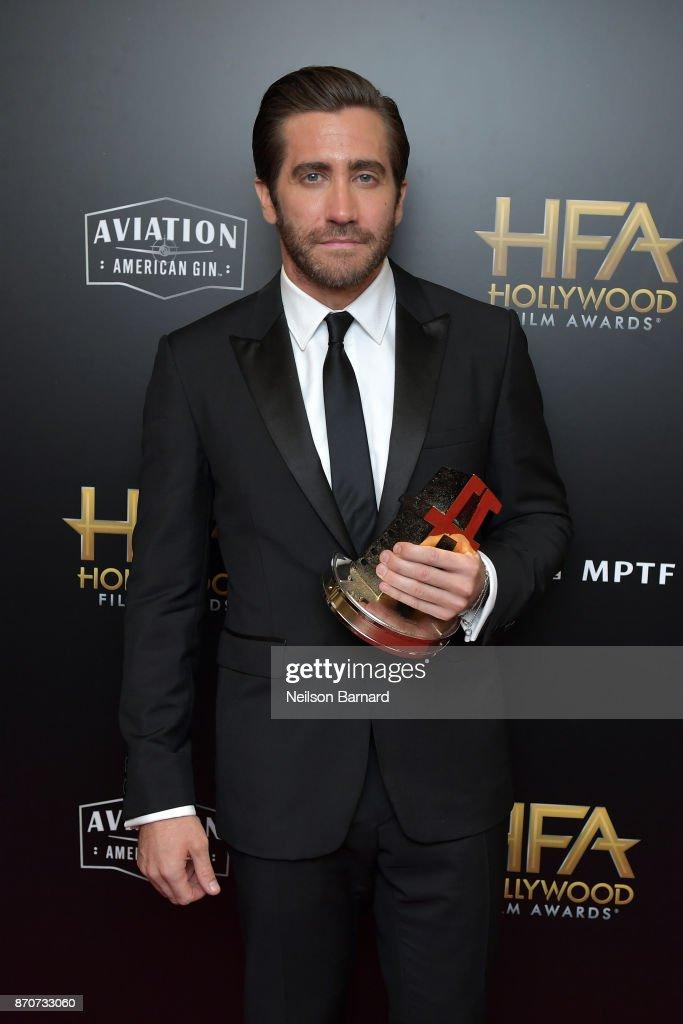 21st Annual Hollywood Film Awards - Press Room : Foto jornalística