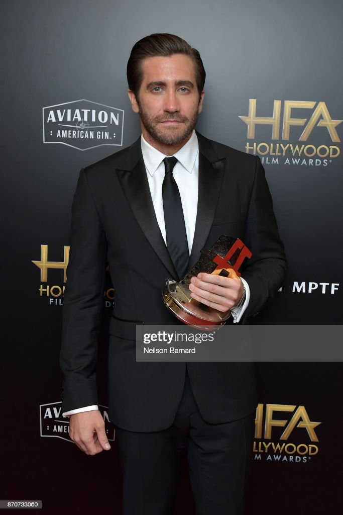 Honoree Jake Gyllenhaal, recipient of the Hollywood Actor Award for 'Stronger,' poses in the press room during during the 21st Annual Hollywood Film Awards at The Beverly Hilton Hotel on November 5, 2017 in Beverly Hills, California.