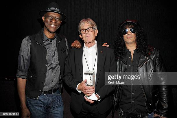 Honoree Jeff Greenberg poses with musicians Keb' Mo' and Slash at the 10th annual MusiCares MAP Fund Benefit Concert to raise funds for MusiCares'...
