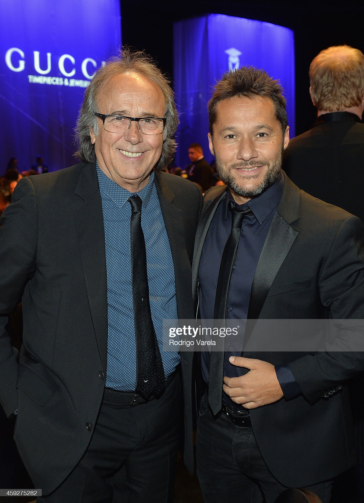 ¿Cuánto mide Diego Torres? - Altura Honoree-joan-manuel-serrat-and-recording-artist-diego-torres-attend-picture-id459275282?s=2048x2048