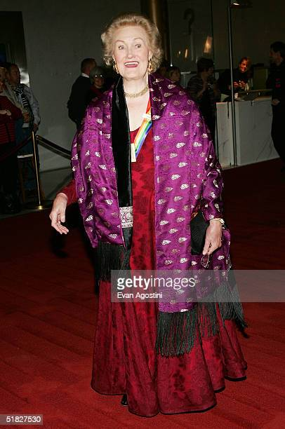 Honoree Joan Sutherland arrives at the 27th Annual Kennedy Center Honors Gala at The Kennedy Center for the Performing Arts December 5 2004 in...