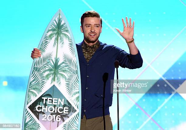 Honoree Justin Timberlake accepts the Decade Award onstage during Teen Choice Awards 2016 at The Forum on July 31 2016 in Inglewood California