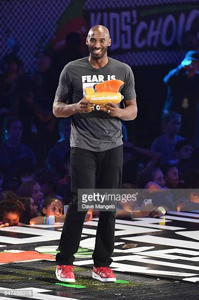 Honoree Kobe Bryant accepts the Legend Award onstage during the Nickelodeon Kids' Choice Sports Awards 2016 at UCLA's Pauley Pavilion on July 14,...