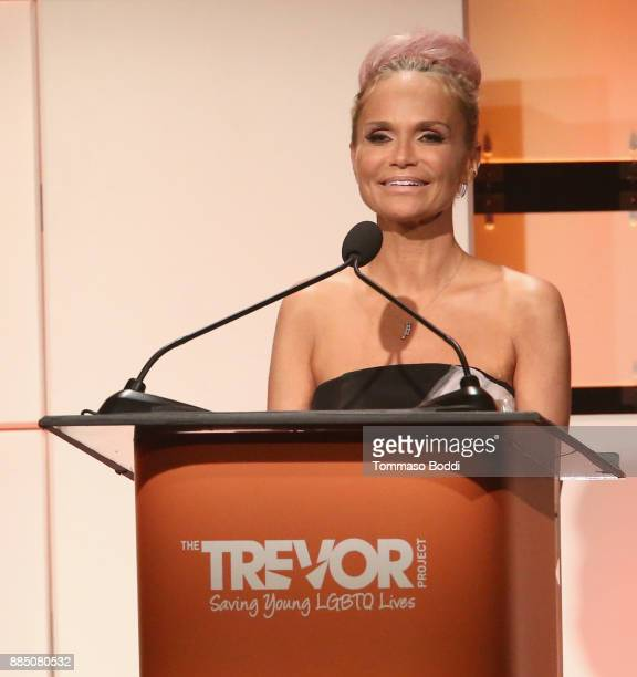 Honoree Kristin Chenoweth accepts the Icon Award onstage during The Trevor Project's 2017 TrevorLIVE LA Gala at The Beverly Hilton Hotel on December...