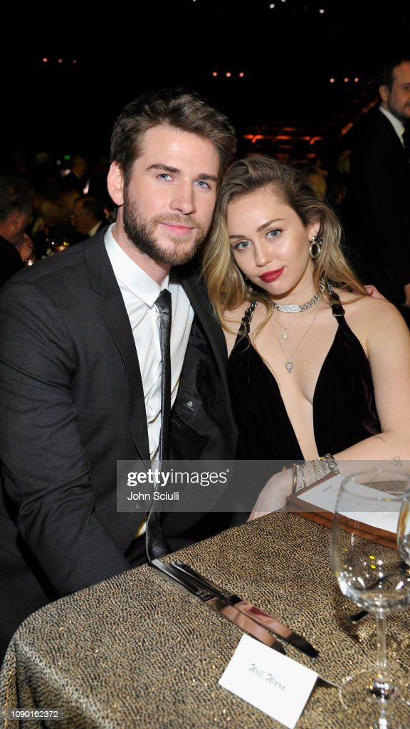 Liam Hemsworth dating nu