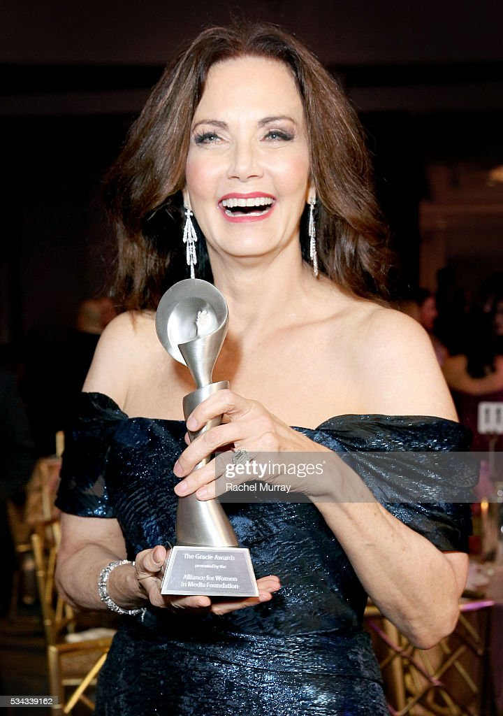 Honoree Lynda Carter poses with her Lifetime Achievement Award at the 41st Annual Gracie Awards at Regent Beverly Wilshire Hotel on May 24, 2016 in Beverly Hills, California.