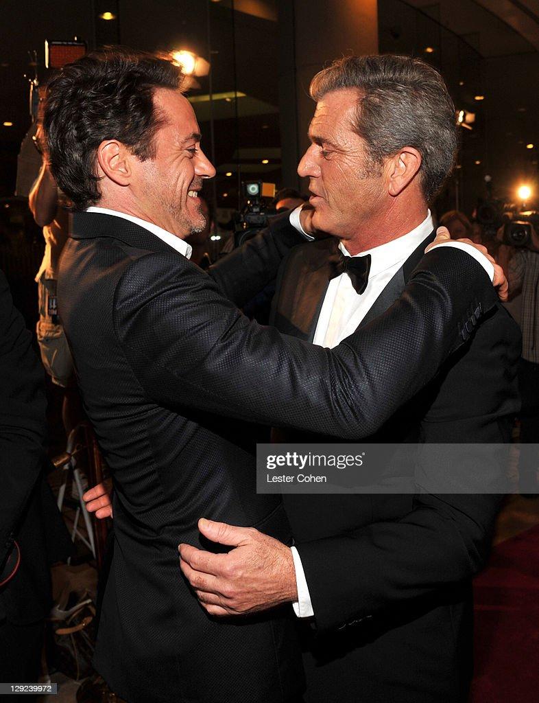 The 25th American Cinematheque Award Honoring Robert Downey Jr. - Photo Op : News Photo