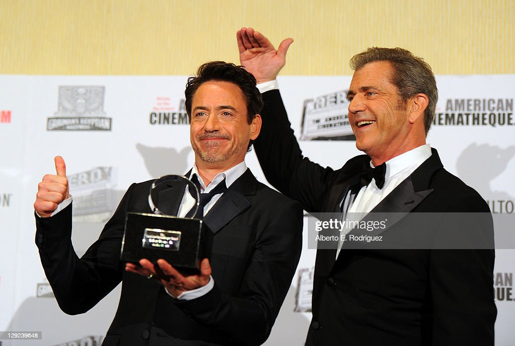 25th American Cinematheque Award Honoring Robert Downey, Jr. - Photo Op : News Photo