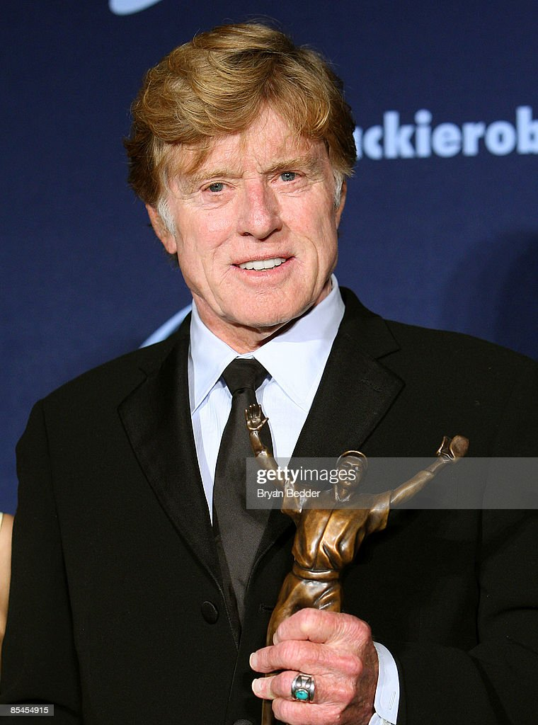 Honoree Robert Redford poses with award at the Jackie Robinson Foundation Annual Awards Dinner Chaired by Air Products on March 16, 2009 in New York City.
