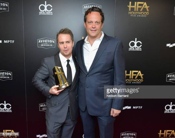 Honoree Sam Rockwell recipient of the Hollywood Supporting Actor Award for 'Three Billboards Outside Ebbing Missouri' and actor Vince Vaughn pose in...