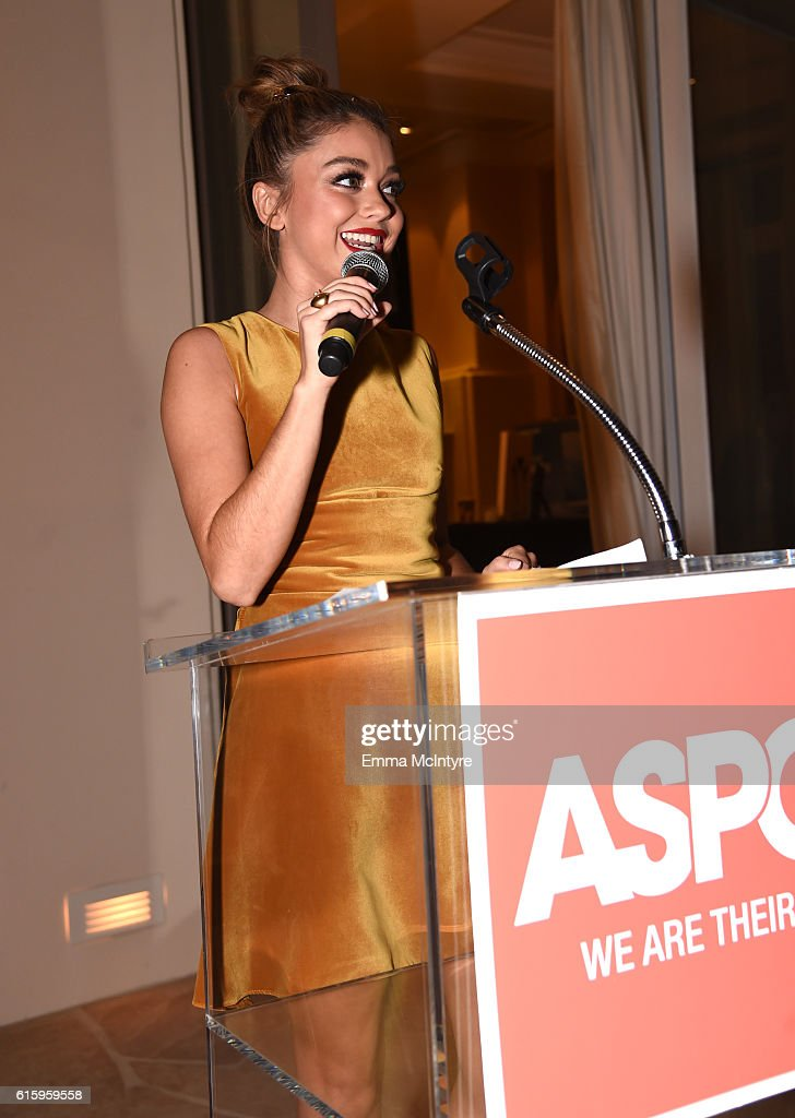 ASPCA's Los Angeles Benefit - Inside : News Photo