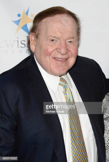Honoree Sheldon Adelson arrives at the Jewish Life Foundation's Salute To Hollywood Gala Benefiting Holocaust Educational Programming In Schools and...