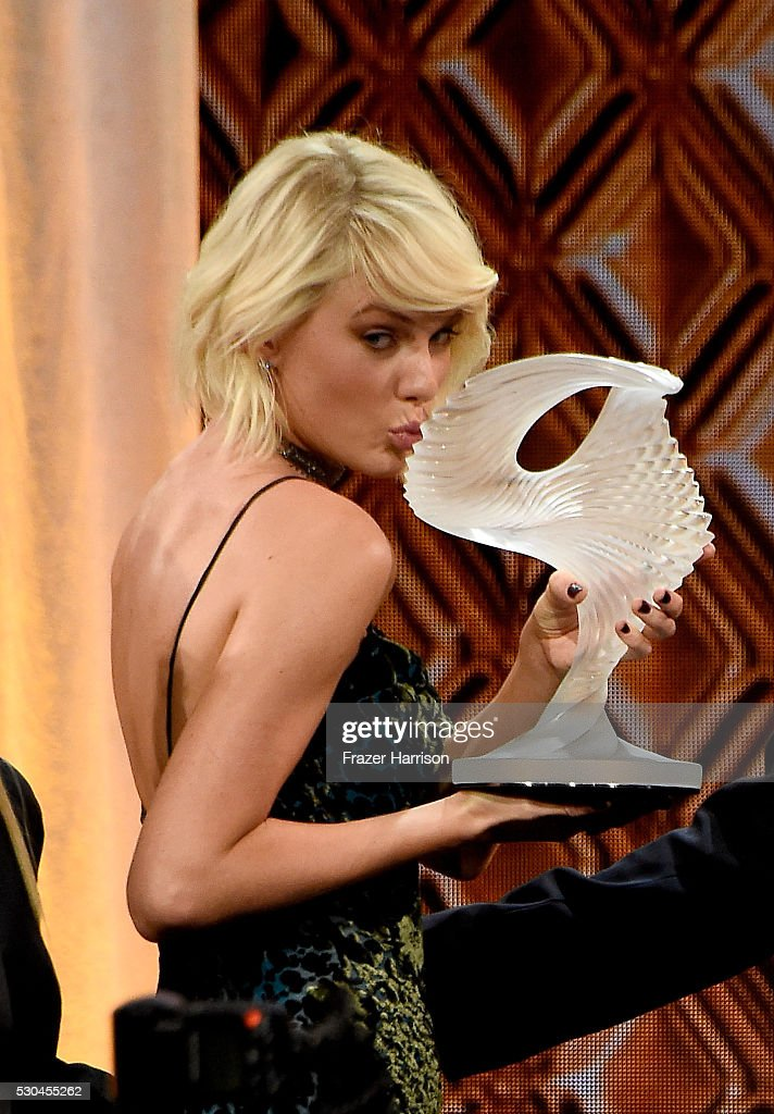 Honoree Taylor Swift accepts the BMI Taylor Swift Award onstage at The 64th Annual BMI Pop Awards, honoring Taylor Swift and songwriting duo Mann & Weil, at the Beverly Wilshire Four Seasons Hotel on May 10, 2016 in Beverly Hills, California.