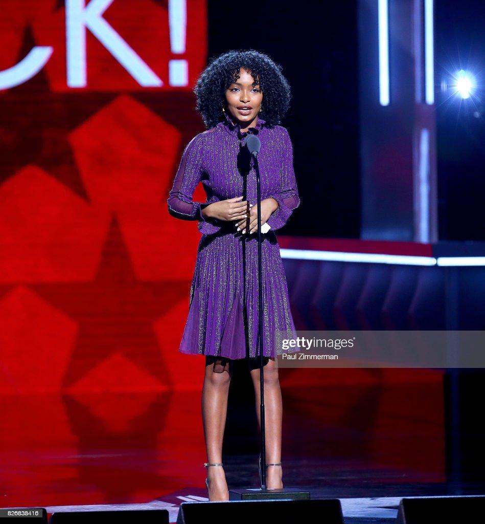 Honoree Yara Shahidi speaks onstage during the 2017 Black Girls Rock! at NJPAC on August 5, 2017 in Newark, New Jersey.