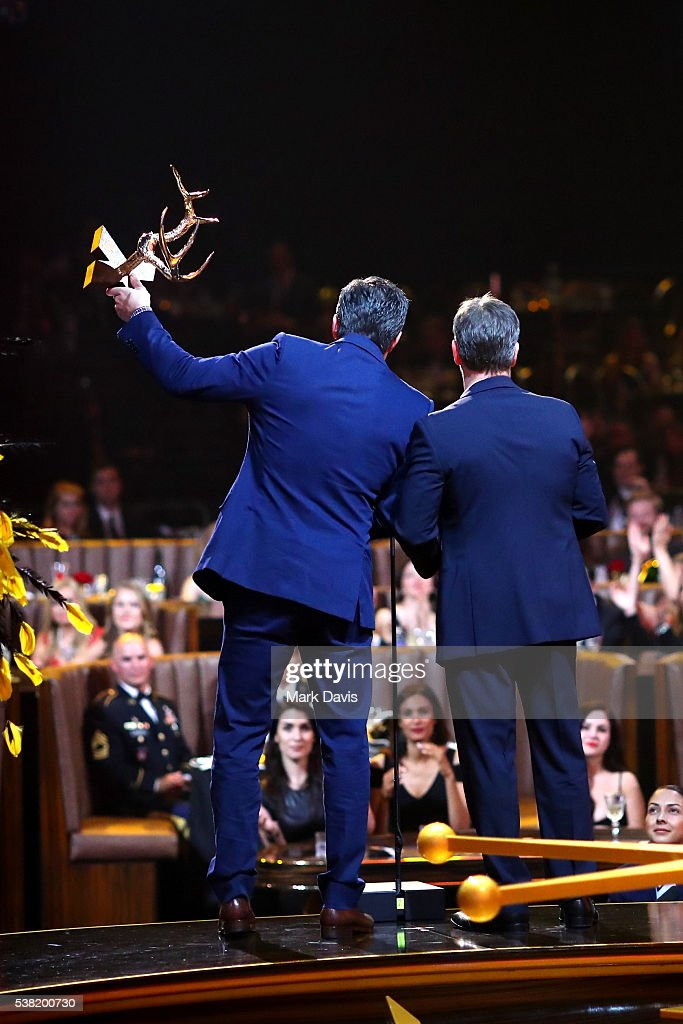 Honorees Ben Affleck (L) and Matt Damon accept the Guys of the Decade Award onstage during Spike TV's 10th Annual Guys Choice Awards at Sony Pictures Studios on June 4, 2016 in Culver City, California.