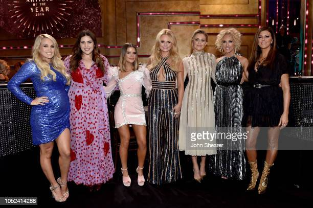Honorees Carrie Underwood Hillary Scott Maren Morris Miranda Lambert Kelsea Ballerini Kimberly Schlapman and Karen Fairchild take photos during the...