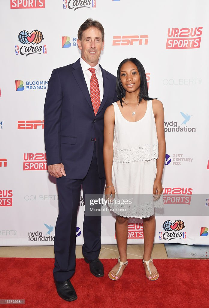 Up2Us Sports And Celebs Honor Mo'ne Davis And Her Coach, To Celebrate 5 Years Of Change Through Sports