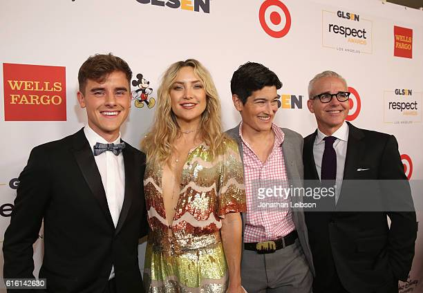 Honorees Connor Franta Kate Hudson executive director of GLSEN Eliza Byard and honoree Jess Cagle attend the 2016 GLSEN Respect Awards Los Angeles at...
