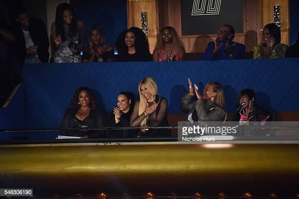 Honorees DJ Spinderella Cheryl Salt James Sandra Pepa Denton Queen Latifah Missy Elliott and Lil Kim watch show during the VH1 Hip Hop Honors All...