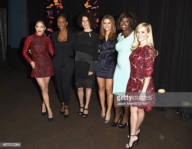 Honorees Jennifer Lopez Jessica Matthews and Donna Langley tv personality Maria Menounos and honorees Viola Davis and Reese Witherspoon attend the...