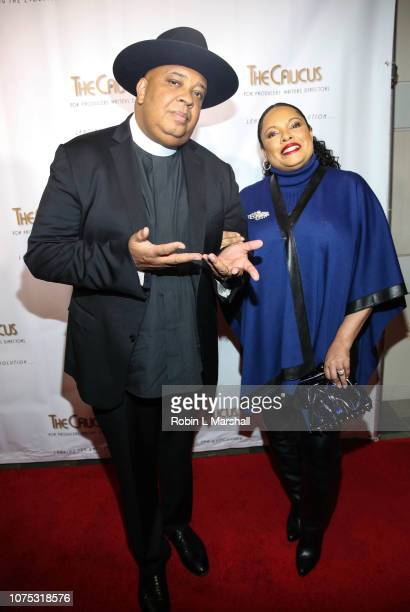 Honorees Joseph Rev Run of RUN DMC and wife Justine Simmons attend the 36th Annual Caucus Awards Dinner at Skirball Cultural Center on November 30...