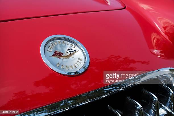 hood emblem of a 1960 chevrolet corvette - 1960 corvette stock pictures, royalty-free photos & images