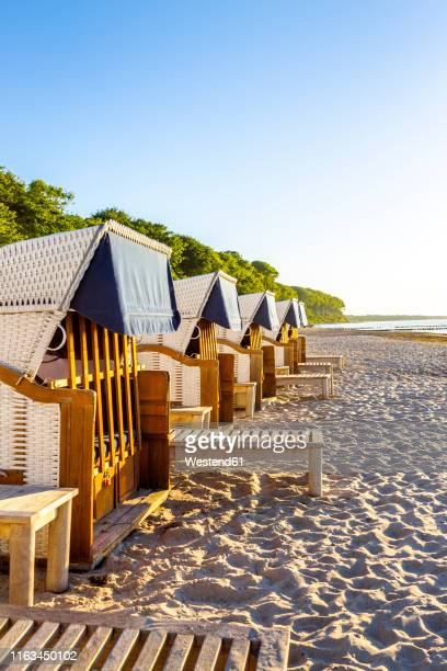 hooded beach chairs at the beach, heiligendamm, germany - mecklenburg vorpommern stock pictures, royalty-free photos & images