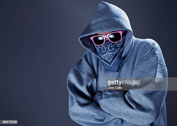 Hooded sweatshirt gangster with pink sunglasses