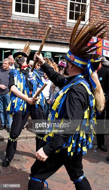 CONTENT] Hook Eagle Morris Men dancing on Rochester High Street during Sweeps Festival 2009