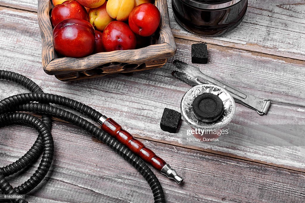 Hookah with the aroma of plums : Stock Photo